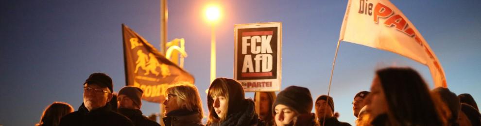 Gegen sexualisierte Gewalt und rechte Hetze zusammenstehen