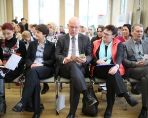 2016 – Frauengenerationen im Wechselspiel. Chancen, Risiken und Nebenwirkungen